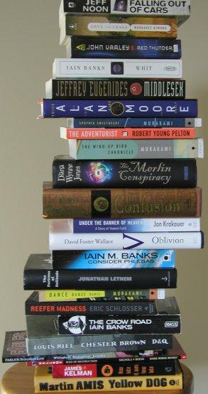 Pile_o_books