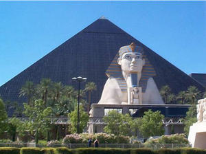 Great_pyramid_las_vegas