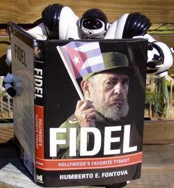 Robo_reads_fidel