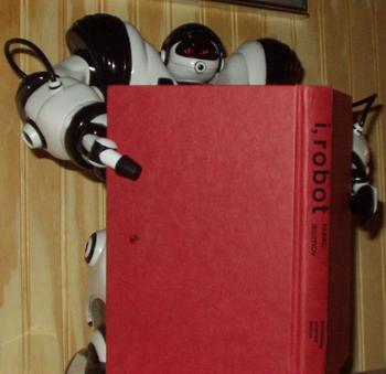 robo_reads_i_robot